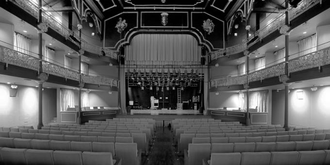 Paneles sándwich THERMOCHIP Abeto (TAH) en el Teatro Zorrilla de Valladolid